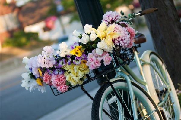 Услуга доставки цветов thumbnail